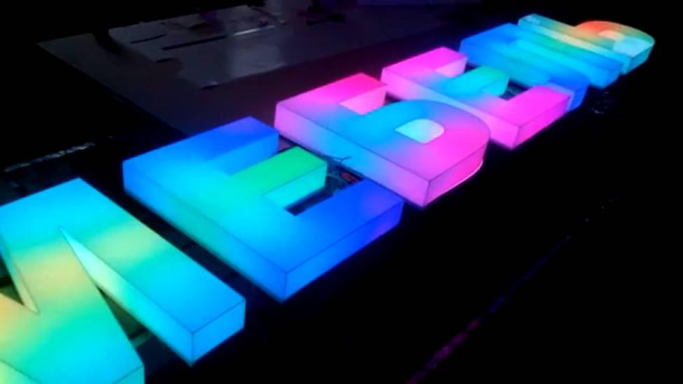 акриловые буквы с rgb подсветкой